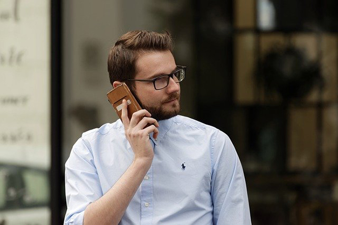 selling-on-phone
